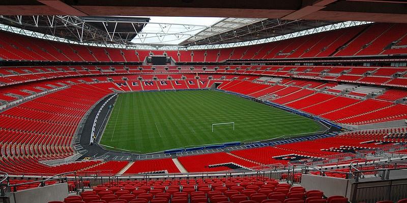 800px-Wembley_Stadium_interior-800x400