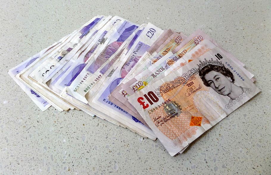 pounds-sterling-notes-cash